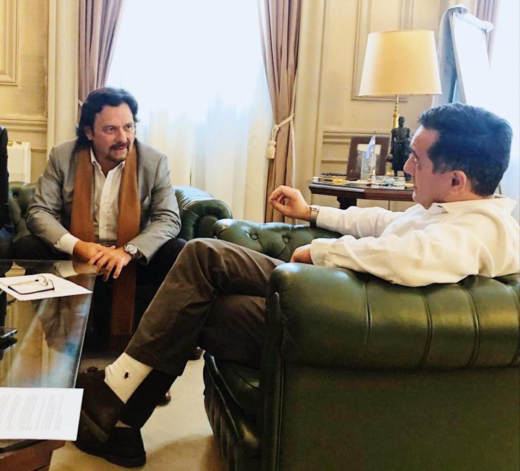 Sáenz con el ministro Finocchiaro