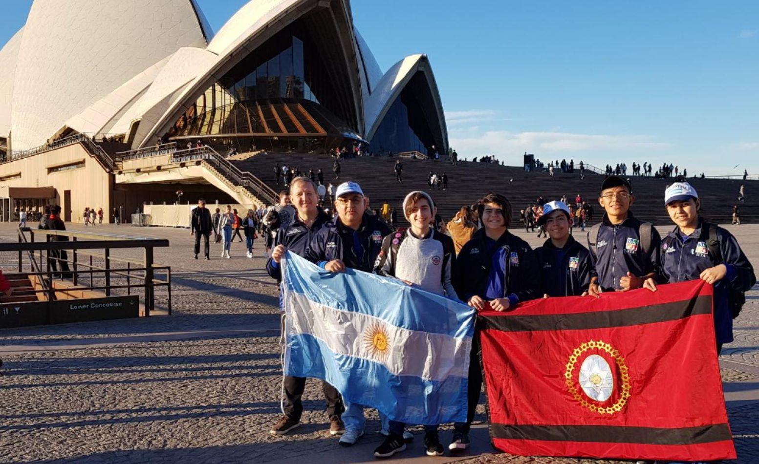 El equipo salteño en Sidney